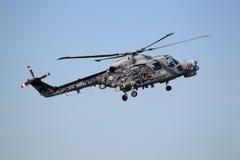 Personas reales ?gatos negros? de la visualización del helicóptero de la marina Foto de archivo libre de regalías