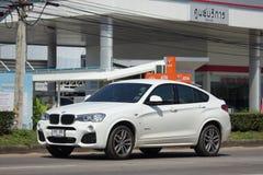 Personbil BMW X4 Arkivfoto