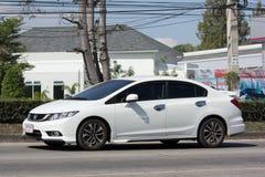 Personbil Honda Civic På den ingen vägen 1001 Arkivbild