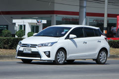 Personbil Toyota Yaris Royaltyfri Bild