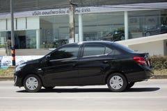 Personbilen Mitsubishi tilldrar Royaltyfria Bilder