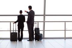 Persone di affari all'aeroporto Fotografia Stock