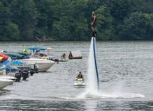 Personenvervoer een hydroflight x-raad op meer Stock Afbeelding