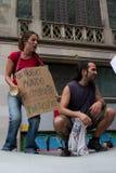 personer som protesterar för 19j barcelona Arkivbilder