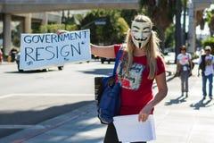 Personer som protesterar som samlas i gatorna mot korruption Royaltyfria Foton