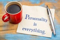 Personlighet är allt - citationstecknet på servett royaltyfria foton