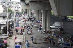 Personnes asiatiques et négociant thaïlandais avec l'espace libre de vendeur propre et le keepi Photographie stock