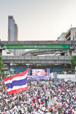 Personnes de la protestation de la Thaïlande contre la corruption gouvernementale. Photos stock