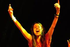 Personnes de partie pendant un concert vivant Photographie stock libre de droits