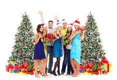 Personnes heureuses avec des cadeaux de Noël photo libre de droits