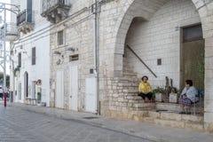 Personnes italiennes dans la rue en Italie du sud Photographie stock