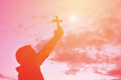 Personnes Jésus de silhouette et croix Image libre de droits
