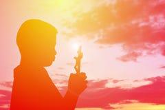 Personnes Jésus de silhouette et croix Photo stock