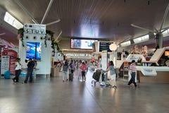 Personnes non identifiées en Kuala Lumpur International Airport 2 Image stock