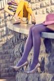 Personnes urbaines de mode, femme, extérieure lifestyle Image libre de droits