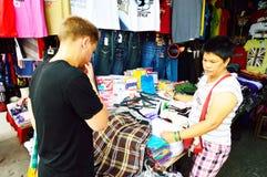 Persons shopping at Baclaran market, Manila Royalty Free Stock Images