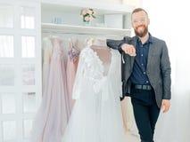Persoonlijke de stilist elegante peignoir van de luxetoonzaal stock foto