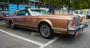 Persoonlijke luxeauto Lincoln Continental Mark V Stock Foto