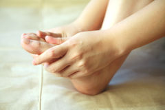 Persoonlijke voetmassage Stock Foto