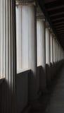 perspectief van kolommen in stoa van attalos Stock Foto's