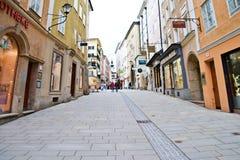 Perspectiva bonita da rua em Salzburg foto de stock