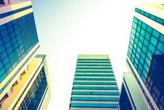 Perspectiva da construção e opinião de ângulo do lado de baixo Imagem de Stock Royalty Free