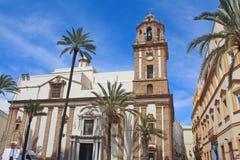 Vista agradável da igreja de Santiago em Cadiz. Fotografia de Stock