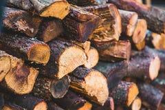 Perspectiva de madera tajada de los registros del fuego imagen de archivo libre de regalías