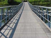 Perspectiva del puente de flotación imágenes de archivo libres de regalías