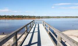 Perspectiva do molhe do lago Bibra Imagem de Stock