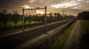 Perspectiva holandesa del ferrocarril del otoño foto de archivo libre de regalías