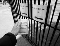 Perspectiva personal de Bureau de Vote, pov imagen de archivo