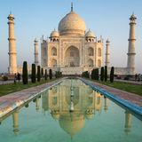A perspective view on Taj Mahal mausoleum Stock Photography