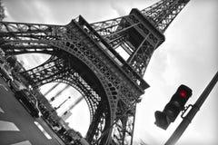 Eiffel står hög perspektiv Fotografering för Bildbyråer