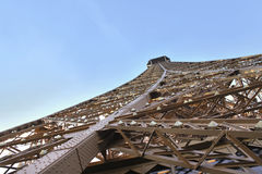 Detail-Eiffelturm-Perspektive Lizenzfreie Stockfotos
