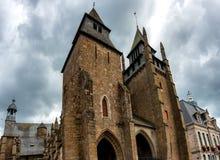 Perspektiven-Ansicht der Saint Brieuc -Kathedrale stockfotos