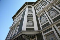 Perspektivenansicht am historischen Haus Stockfotos