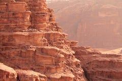 Perspektivische Verkürzung der Felsen der Wüste Stockbilder