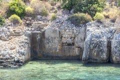 Perspektywiczny krótkopęd dziejowe skąpanie domu ruiny należy Lycian ludzie przy morzem śródziemnomorskim fotografia royalty free