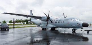 persuasore della CASA C-295 degli aerei di pattuglia marittima del Gemello-turbopropulsore Aeronautica portoghese Fotografie Stock Libere da Diritti