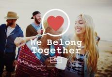 Pertenecemos juntos concepto de Valentine Romance Love Toast Dating foto de archivo
