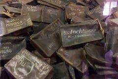 Pertenencia (maletas) de la gente matada en Auschwitz Fotografía de archivo libre de regalías