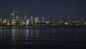 Perth przy nocy panning widokiem