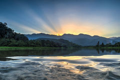 Perting Dam湖,彭亨,马来西亚 免版税库存照片