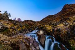 Peru do passeio na montanha dos Lares Fotos de Stock Royalty Free