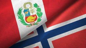 Peru en Noorwegen twee vlaggen textieldoek, stoffentextuur stock illustratie