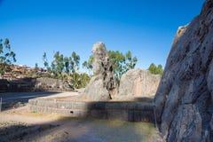 Peru, Qenko, die bij Archeologisch Park van Saqsaywaman. Zuid-Amerika wordt gevestigd royalty-vrije stock afbeelding