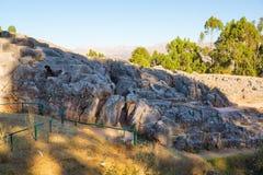 Peru, Qenko, lokalizować przy Archeologicznym parkiem Saqsaywaman.South America.This archeological miejsce - inka ruiny obraz stock