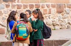 Peru Schoolgirls foto de stock