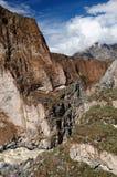 Peru, Toerist in de canion Cotahuasi Royalty-vrije Stock Fotografie
